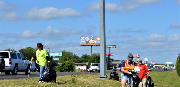 CCLP/LYNETTE SOWELL Volunteers from Keep Copperas Cove Beautiful make their way along U.S. Business 190 near the intersection of Constitution Drive on Saturday as they pick up debris as part of the state wide Don't Mess With Texas Trash-Off.