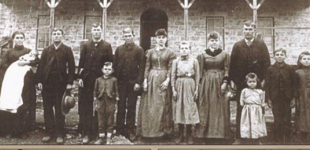 Each year the descendents gather in Gatesville for their family reunion. The oldest photo of the group dates back to 1891.
